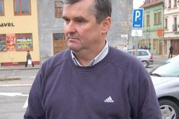 Marián Petko. Všetky obvinenia v celom rozsahu odmieta.