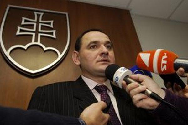 Peter Chudík vyhral prvé kolo županských volieb v Prešovskom kraji