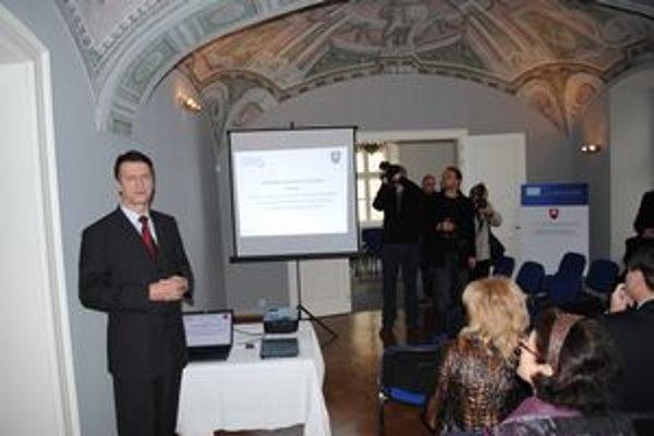 Predstavenie IPC. Projekt po slávnostnom otvorení prezentoval Rudolf Žiak z Úradu PSK.