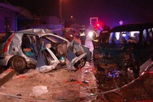 Podvečerná tragická nehoda sa odohrala na Ovocinárskej ulici v Sabinove.