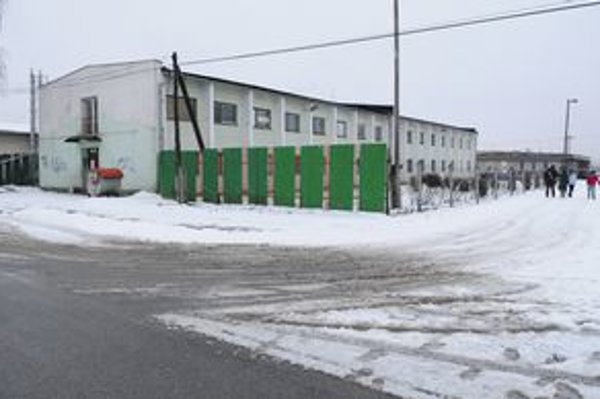 Budova novej nocľahárne a denného centra.