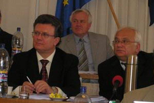 Jozef Halecký a Boris Hanuščak. Riadia dianie v meste, pritom sú v súdnom spore o majetky v Bardejovských Kúpeľoch