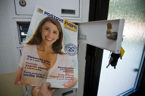 Vo firemnom časopise si našli poštári darček.