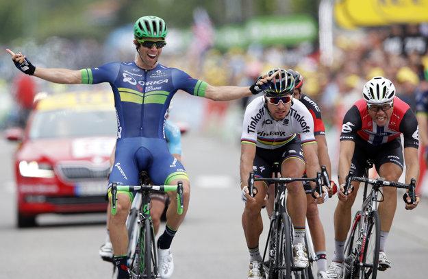 Michael Matthews včera v záverečnom šprinte zdolal Petra Sagana.