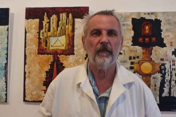 Ľubomír Ondovčík. Uchvacujú ho autori zameraní na abstraktnú tvorbu a surrealizmus.