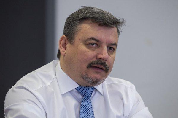 Pojem autonómia dráždi mnohých slovenských politikov, preto ho SMK zo svojho programu vynechala, tvrdí exšéf strany József Berényi.