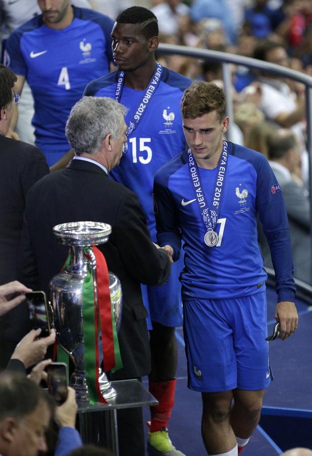 Futbalisti Francúzska získali na domácom európskom šampionáte strieborné medaily.