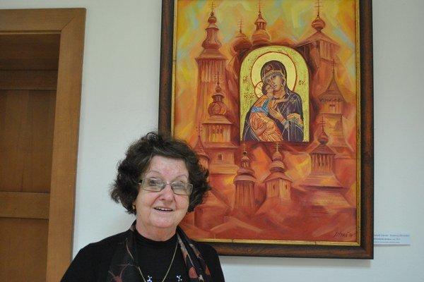 Ľudmila Lakomá – Krausová. Venuje sa ikonopisectvu v netradičnej forme.