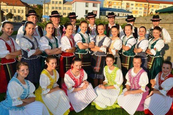 Folkloristi z Milpoša.