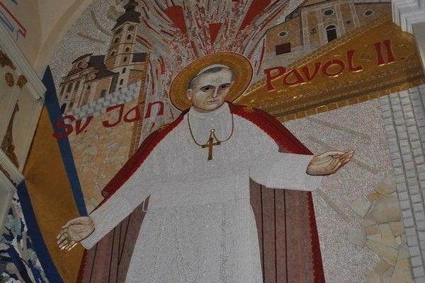 Ján Pavol II. v ľutinskej bazilike.