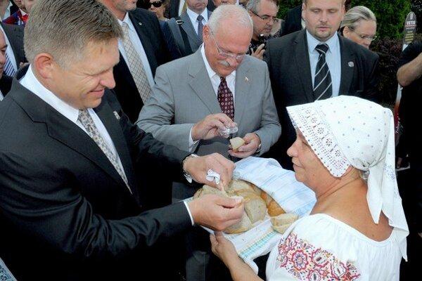 Premiér Robert Fico s prezidentom Ivanom Gašparovičom na Agrokomplexe v Nitre.
