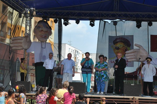 Zástupcovia partnerských miest. Pravidelne sa zúčastňujú aj júnových Dní mesta Sabinov.
