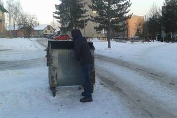 V Lianoch ľudia môžu odpad už separovať.