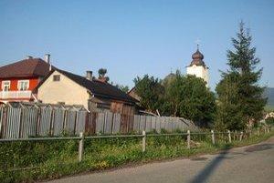 Šarišské Dravce. V obci rekonštruujú kaštieľ.