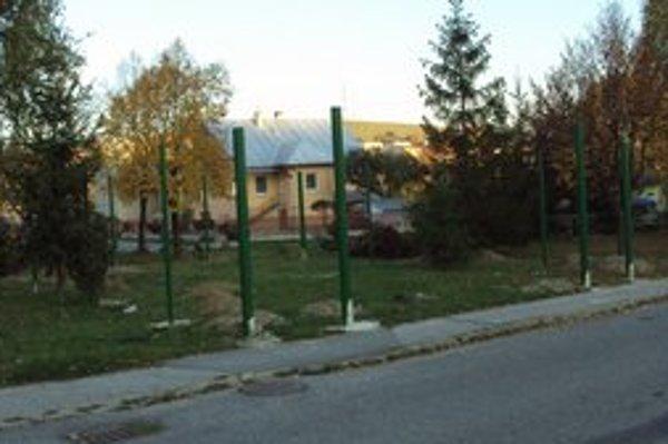 Nové zberné miesto. Čoskoro bude aj na Hviezdoslavovej ulici.