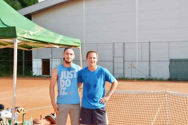 Do tretice. Aj v treťom ročníku tenisového turnaja Soccer Café Cup si vo finále zmerali sily Tomáš Havko a Gregor Gallo.