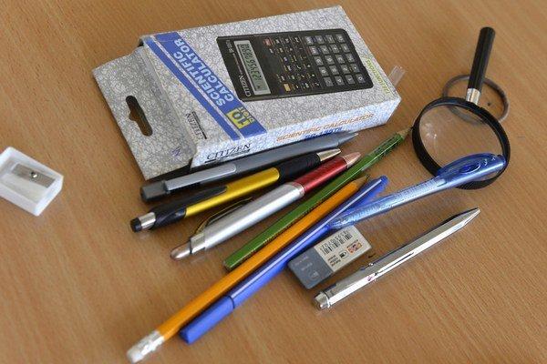 Darované školské pomôcky pomôžu mnohým rodinám.
