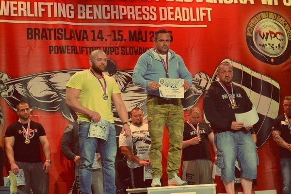 Znova na najvyššom stupni. Štefan Sokoly sa vrátil víťazne.