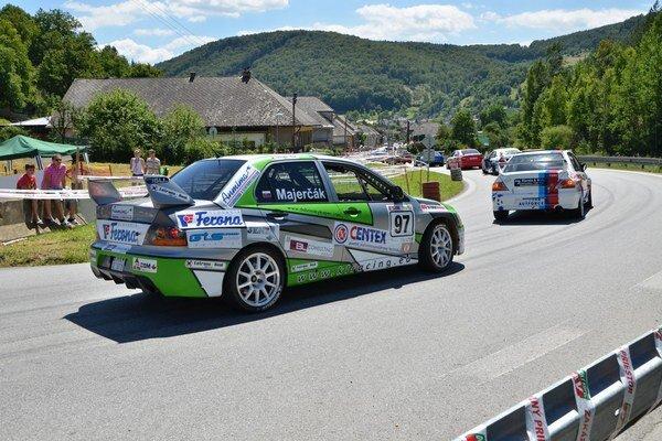 Na Dobšinskom kopci V. Majerčák ako jediný z triedy N nad 3000 ccm zajazdil čas pod tri minúty.