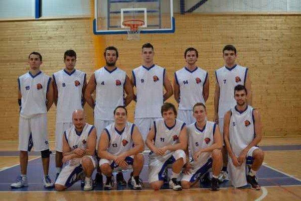 Muži ŠPD Rožňava. Zostava mužstva sa oproti minulej sezóne zmenila. Do kádra sa vrátili viacerí hráči, ktorí tu v minulosti hrávali.