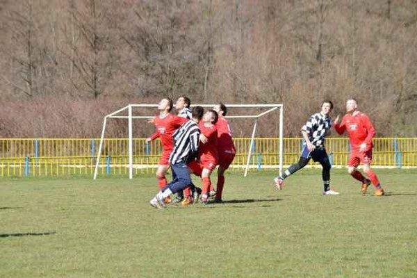 Remíza. Rožňava sa predstavila na domácej pôde a v prípravném zápase so štvrtoligovou Haniskou remizovala 1:1.