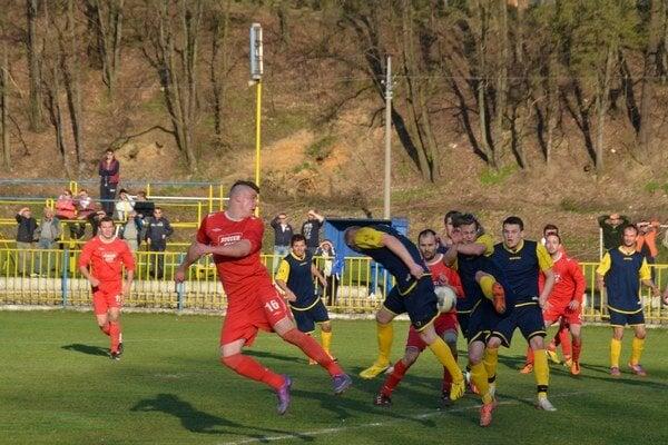 Dobrý štart. Rožňavskí futbalisti začali jar víťazne. Radi by v tom pokračovali.