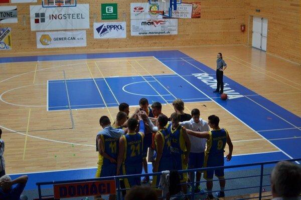 Juniori ŠPD Rožňava s nový trénerom.