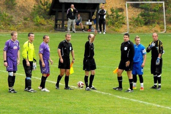 Trináste derby. Krh. Podhradie a Gemerskú Hôrku čaká v sobotu v poradí už trináste derby.