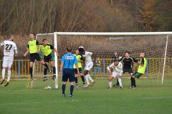 O druhý gól Dunajskej Stredy sa postaral hlavičkou Kwin.