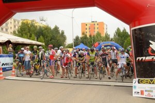 V rožňavskom okrese má cyklistika bohatú tradíciu. V minulých rokoch sa to ukazovalo na pretekoch Gemer tour.
