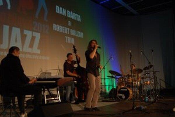 Dan Bárta sa predstavil ako veľký šoumen a skvelý muzikant.