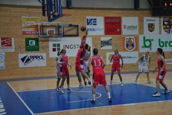 Bez prekvapení. Tydam Košice zvíťazil v Rožňave v oboch zápasoch.