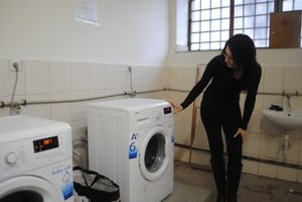 Šoltésová. Pri nastavovaní programu na pranie.