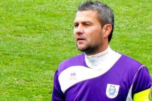 O oba góly sa v skrátenom zápase postaral Miloš Gallo.