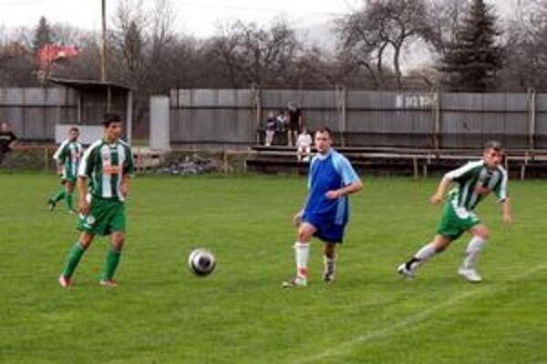 Druhé jarné víťazstvo si futbalisti Čoltova zaknihovali na pôde Kovstavu.