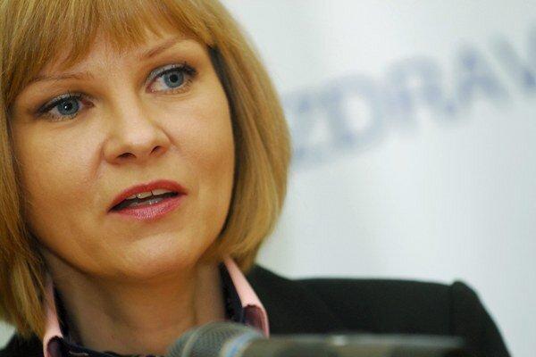 Ministerka zdravotníctva Zuzana Zvolenská chce mať možnosť dať zdravotníkom pokutu až do 3300 eur.
