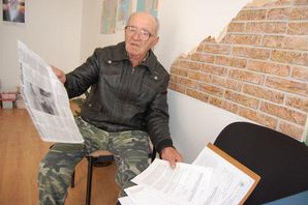 Dôchodca. O. Gombaský hovorí, že sa bojí o svoj život.