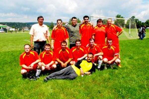Mužstvo Kečova sa po výraznom víťazstve nad Čoltovom ocitlo v strede peletónu II. triedy.