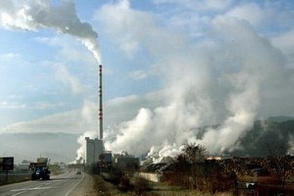 Papierne sú v okrese Ružomberok už desaťročia najväčším zamestnávateľom.