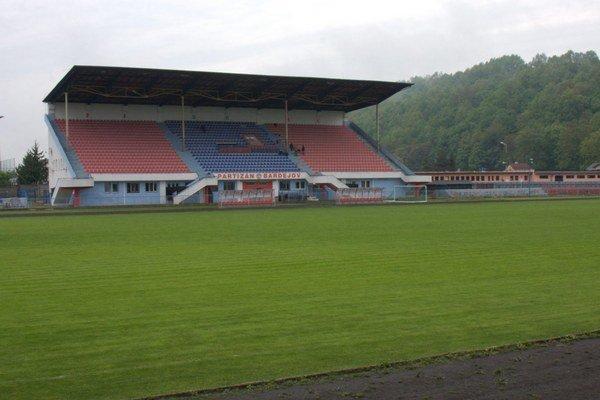 Bardejovský štadión. Jeho rekonštrukcia by sa mala začať v lete.