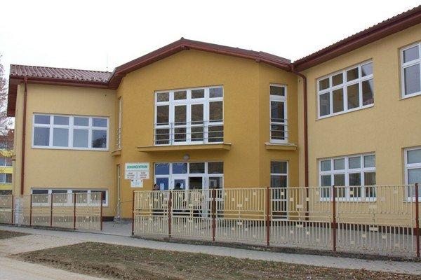 Seniorcentrum na Toplianskej. Od minulého týždňa má aj Rodičovské centrum.