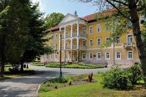 Pred rekonštrukciou. Bývalý Hotel Deák, potom Alžbeta naposledy rekonštruovali pred päťdesiatimi rokmi.