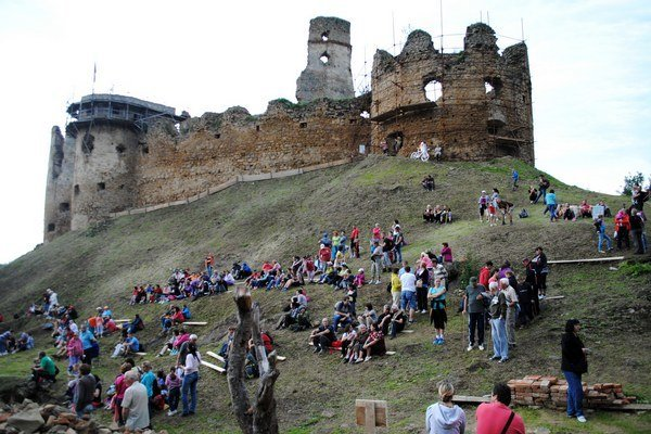 V sobotu bolo na hrade rušno.