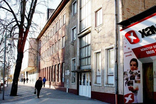 Budova CVČ na Dlhom rade. Jej osud je v rukách mestských poslancov.