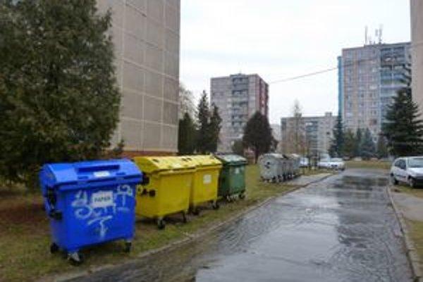Poplatok za vývoz a spracovanie odpadu budú mať Svidníčania vyšší zhruba o dvanásť percent.