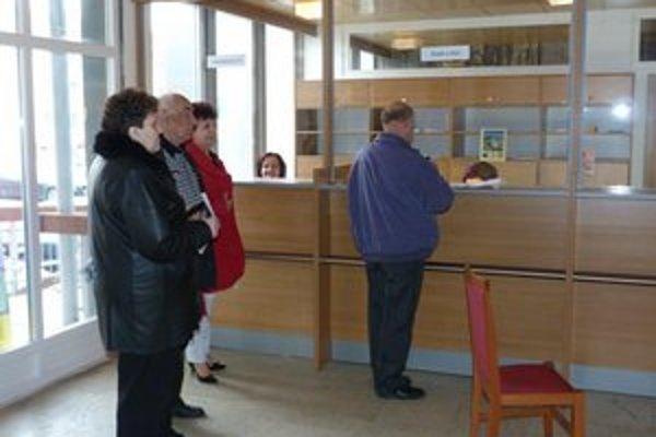 Na svidníckej radnici otvorili kanceláriu prvého kontaktu. Svidníčania by mali byť vybavení efektívnejšie.