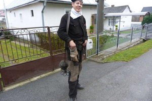 Ján Weis. Kominár sa po rokoch v zahraničí opäť vrátil domov k remeslu.