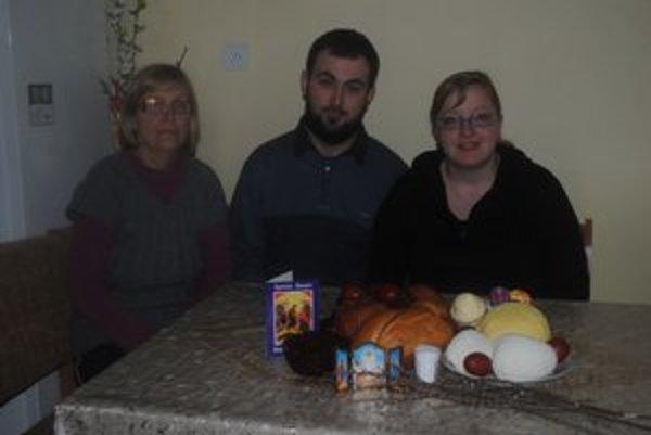 Rodina Chovancových. Sú pravoslávni, no riadia sa gregoriánskym kalendárom.