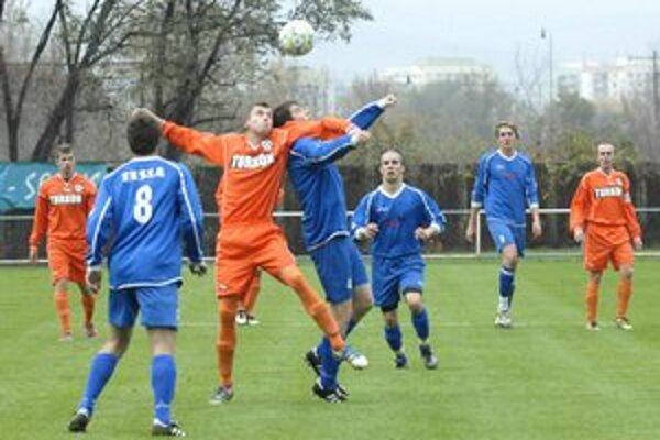 Spokojnosť zavládla vo futbalovom Stropkove.