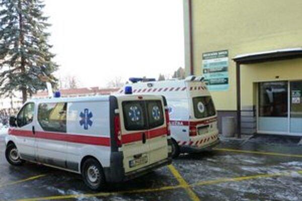 Bardejovská nemocnica. Jej vedenie vypovedalo platnú zmluvu so zdravotnou poisťovňou Union. Výpovedná doba začína 1. jula.